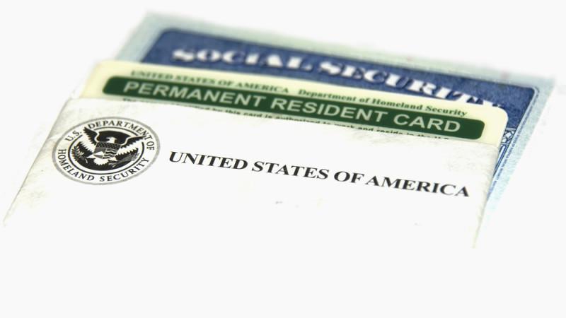 Opciones de tarjeta verde para personas con TPS y DACA