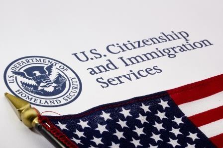 USCIS publica nuevas versiones de formularios, tarifas, a partir del 23 de diciembre