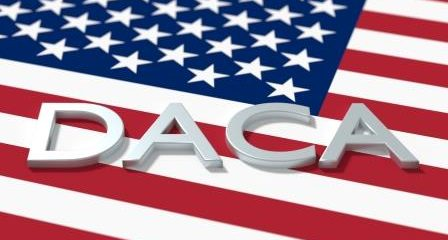 Las demandas de la Casa Blanca contra inmigración atentan contra la DACA
